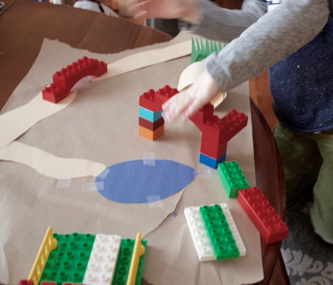 Lego obstacle course-goldilocks + her three cubs
