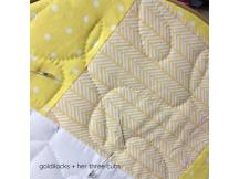 Pineapple Toddler Quilt Tutorial by goldilocks + her three cubs